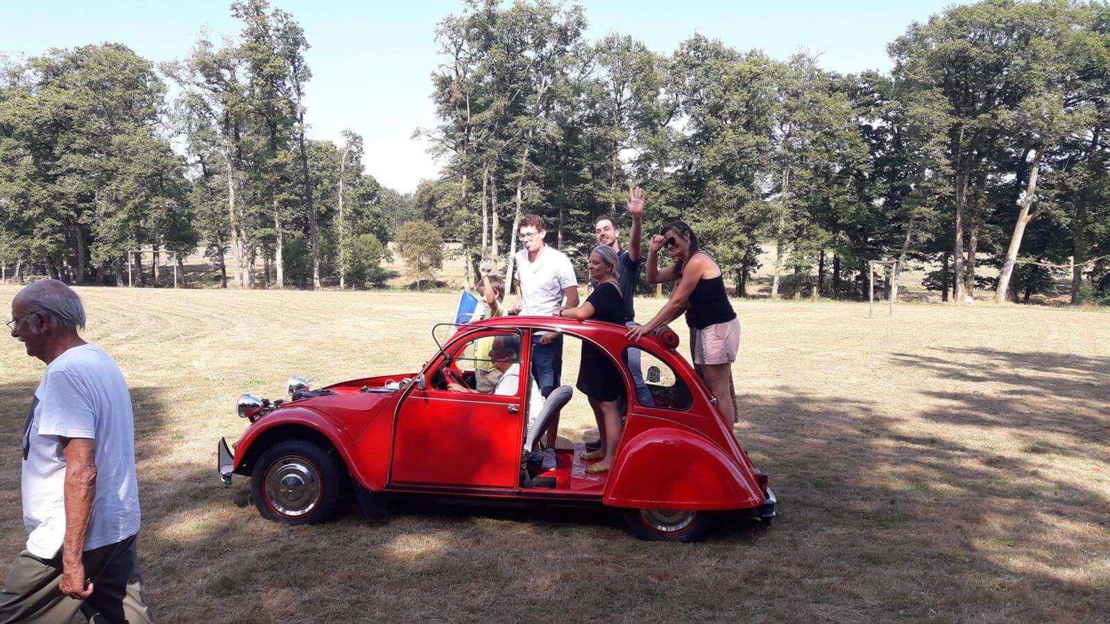 Citroën 2cv rouge